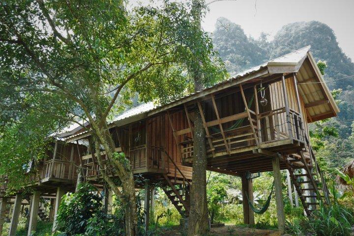 Tao Guesthouse Laos